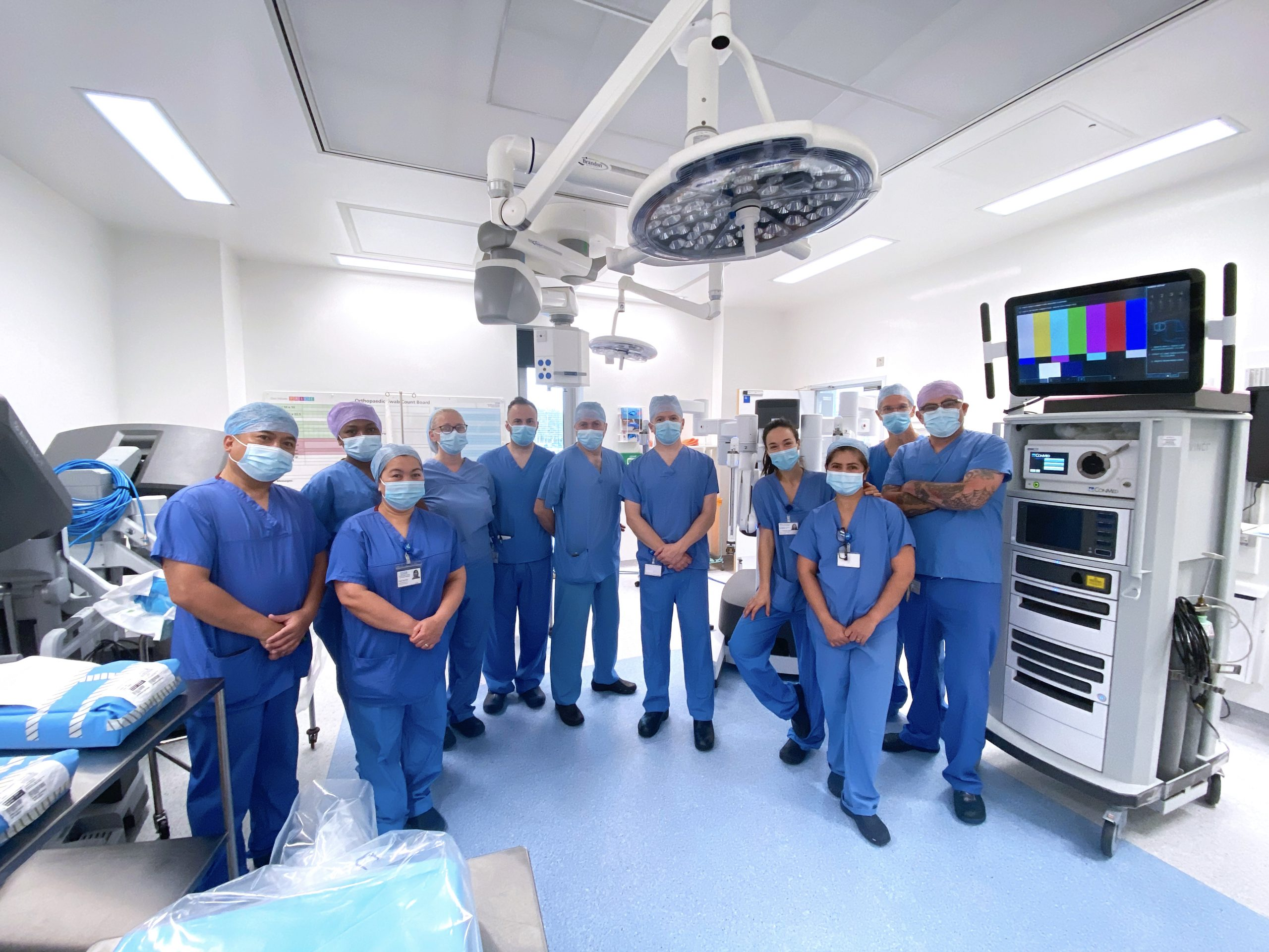 Gynaecology Cancer team completes first successful robot surgery